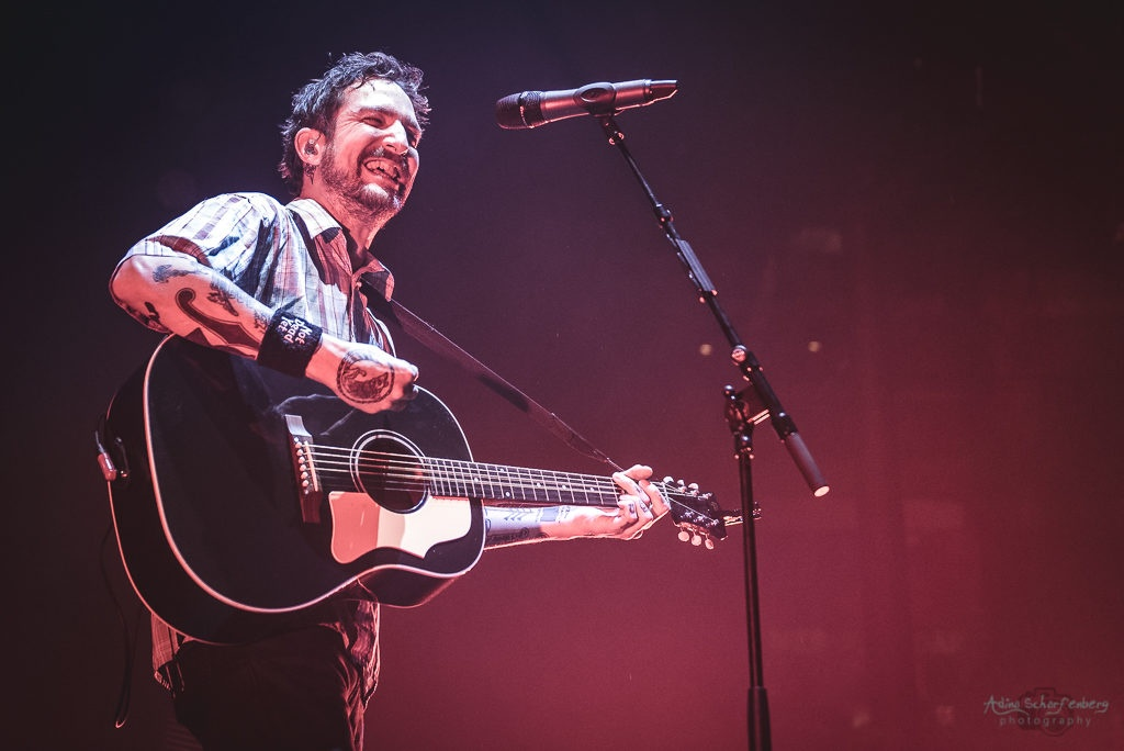 Frank Turner & The Sleeping Souls at Roundhouse, London (2017)