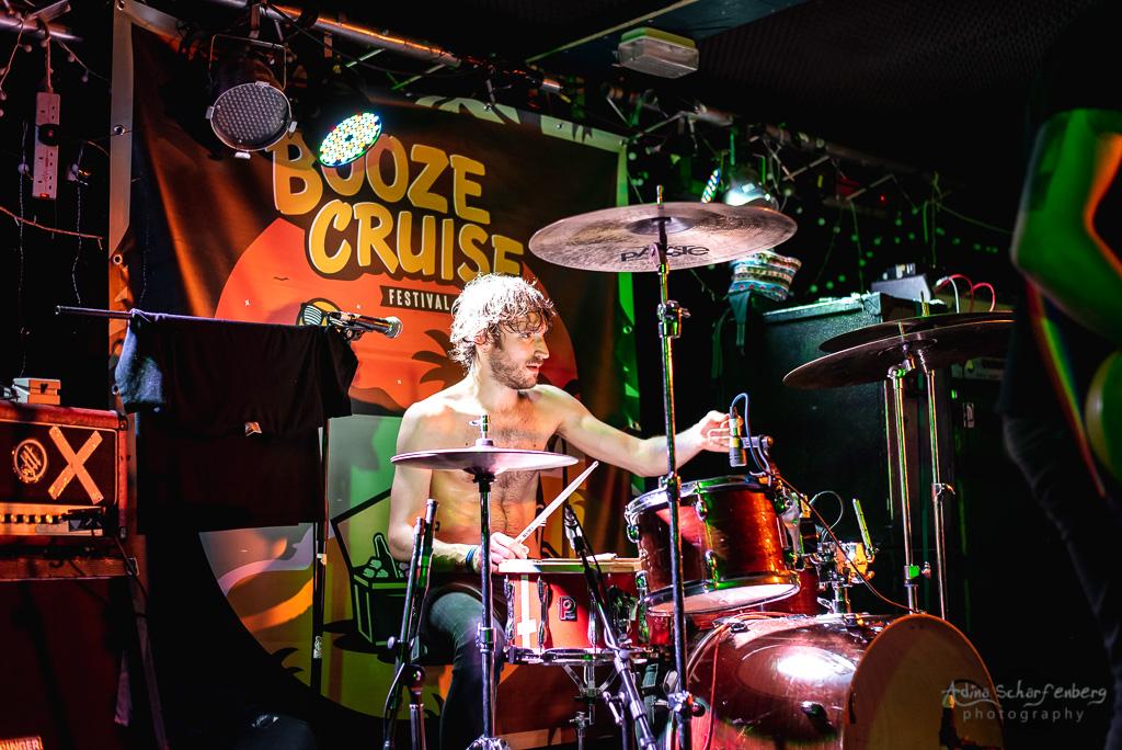 Guerilla Poubelle during Booze Cruise, Bristol (2019)